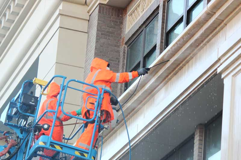 Presto's gfrc experts clean the Taylor Building in downtown Salinas California