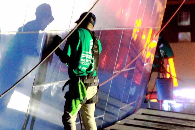 Restoring the Alucobond Panels on the exterior of the Georgia Aquarium