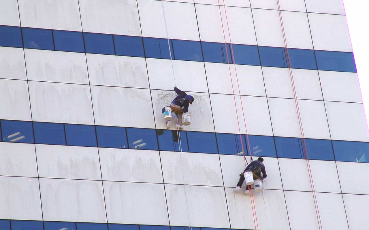 Presto Performing Alucobond Cleaning Services