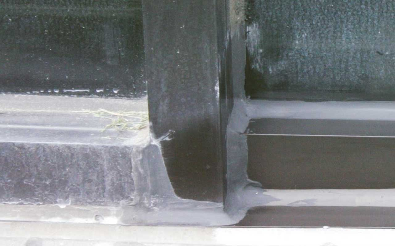 Hard Water Stains on Window Frames Before and After